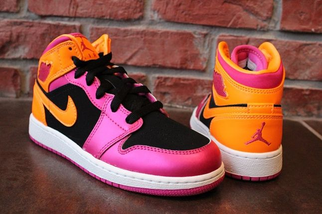 Air Jordan 1 Gs Pink Orange Heel Profile 1