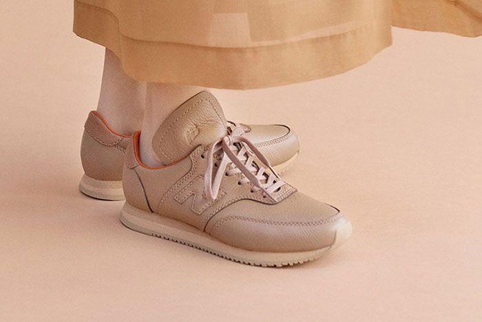 Auralee New Balance Comp100 Tan On Foot
