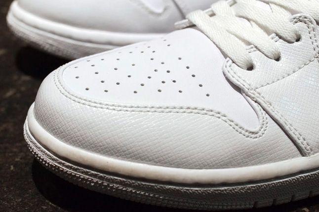 Air Jordan 1 White On White Toe 1