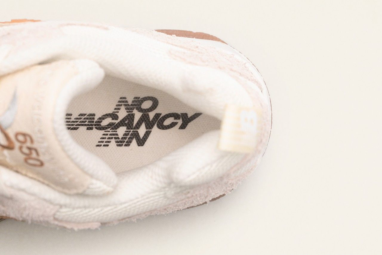 No Vacancy Inn x New Balance 650 Insole