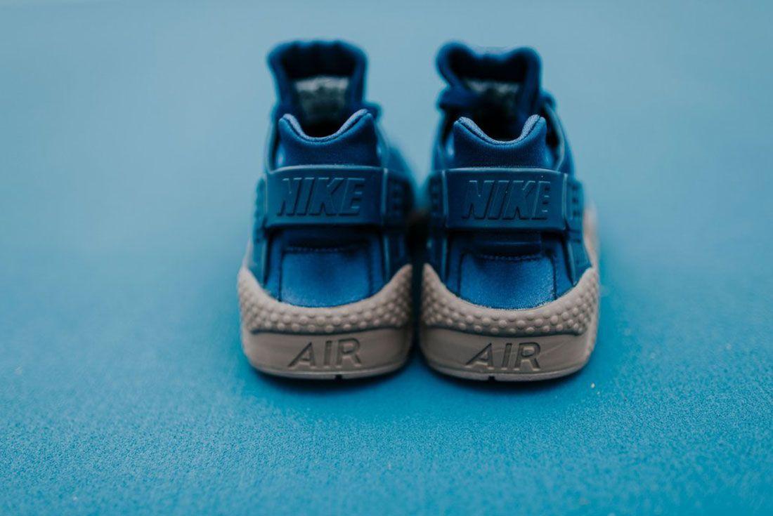 Nike Air Huarache Binary Blue 2