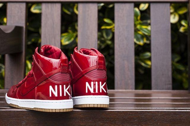 Nike Dunk Hi Lux Sp Gym Red Bumper 3