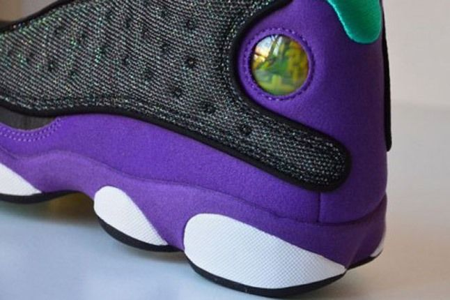 Air Jordan 13 Black Ultraviolet Atomic Teal Detail 1