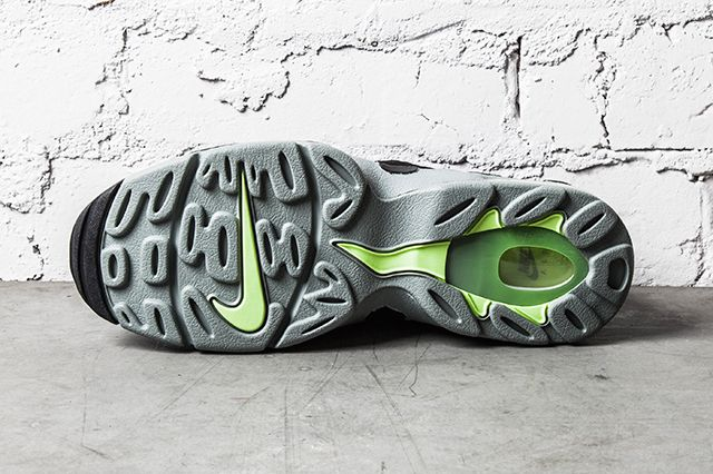 Nike Air Dt Max 96 Mica Green Black Volt 3