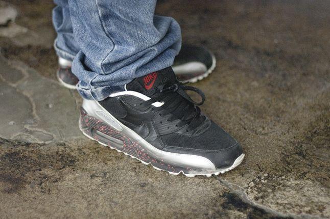 Sneaker Freaker Germany Launch Issue 4 12 1