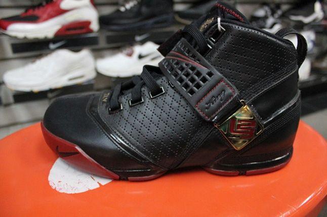 Inside The Sneaker Box Sneaker Heaven 321 1