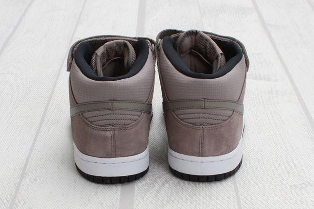 Nike Sb Dunk Mid Pro Sport Heel Detail 1