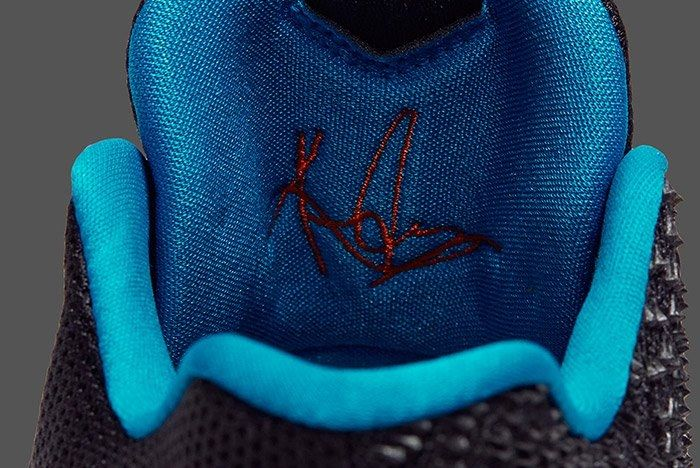 Nike Kyrie 3 Kyrache Light Ultramarine 1