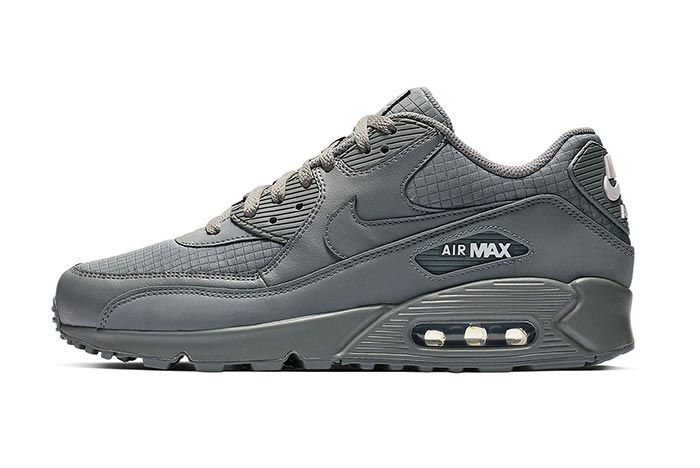 Nike Air Max 90 Essential Cool Grey Lateral