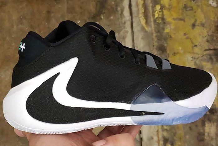 Nike Freak 1 Giannis Antetokounpmo Black White 2 Side