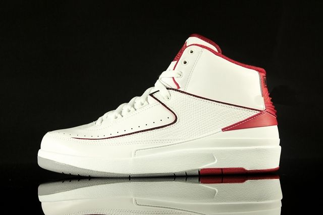Air Jordan 2 White Varsity Red 2