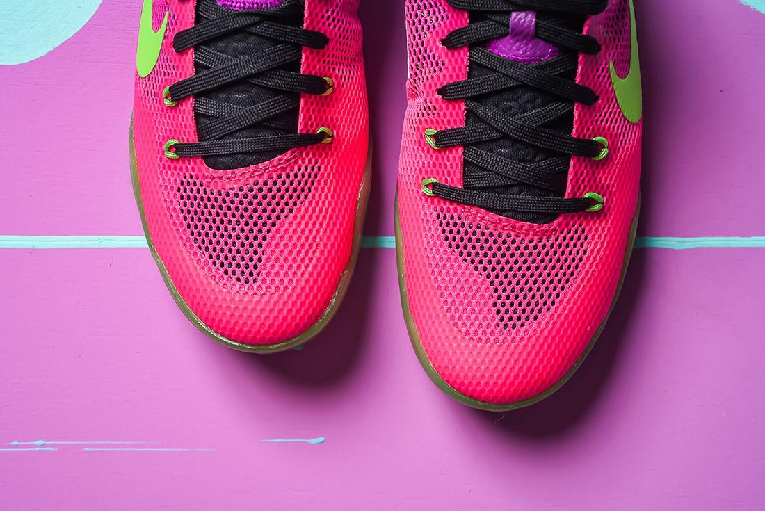 Nike Kobe 11 Mambacurial Pink Plum 4