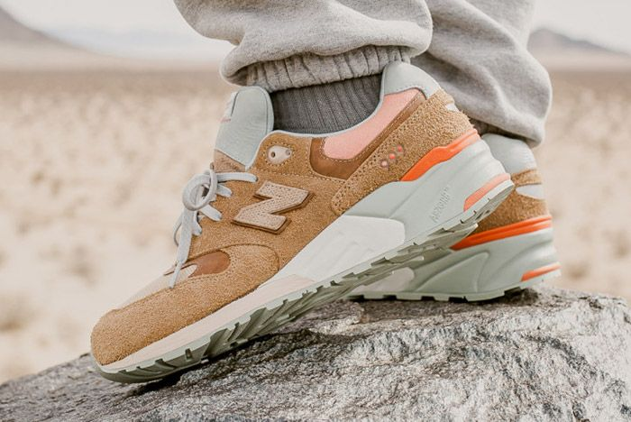 Packer Shoes New Balance 999 Tan Small