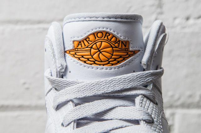 Nike Air Jordan 1 Retro 86 Kumquat Pure Platinum 1