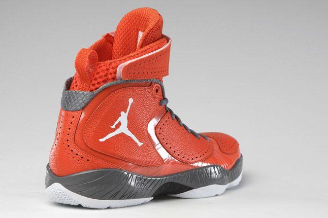 Air Jordan 2012 Deluxe 08 1