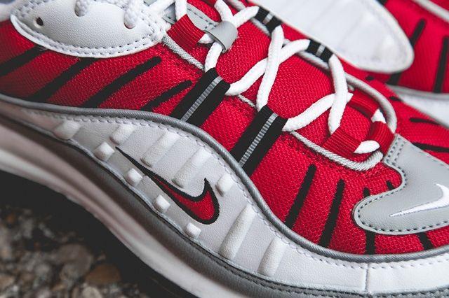 Nike Air Max 98 Uni Red Bump 4