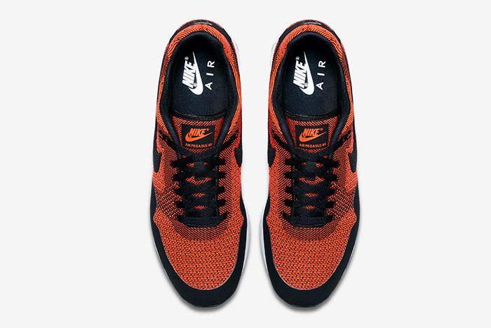 Nike Air Pegasus 89 Jacquard Crimson Wmns 4