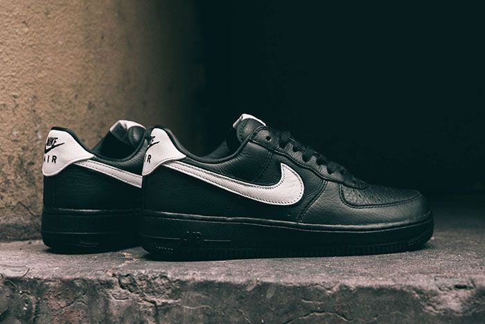 Nike Air Force 1 Qs Black White Friday Lateral