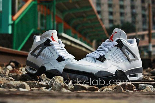 Air Jordan 4 Tech Grey 08 1