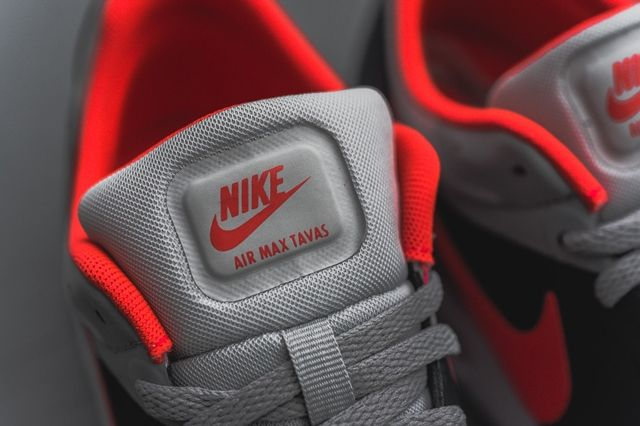 Nike Air Max Tavas Bright Crimson 4