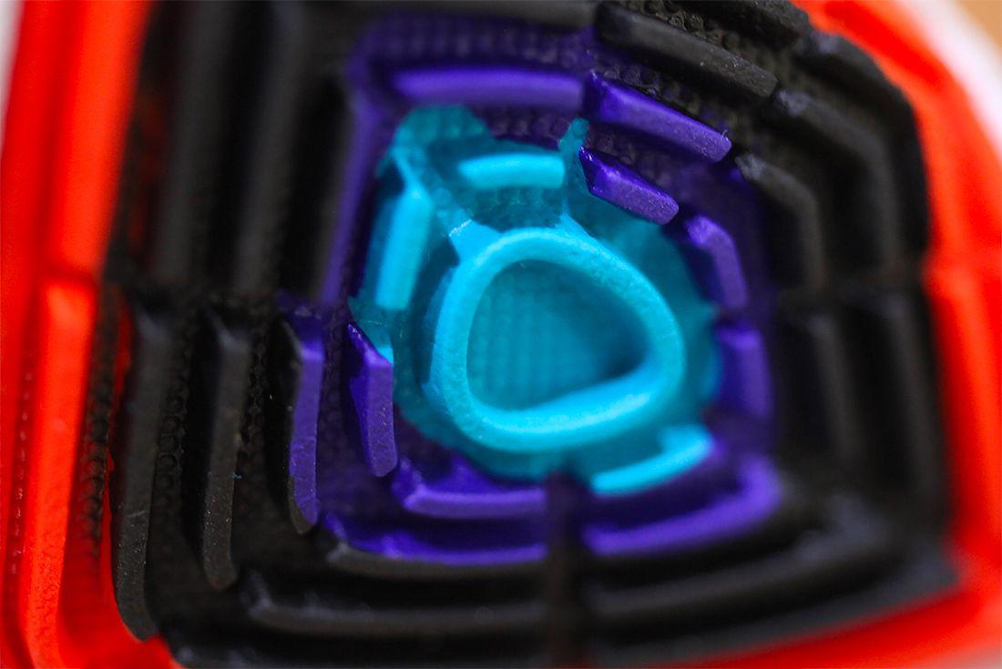 Nike Kyrie 3 Kyrache Light 9