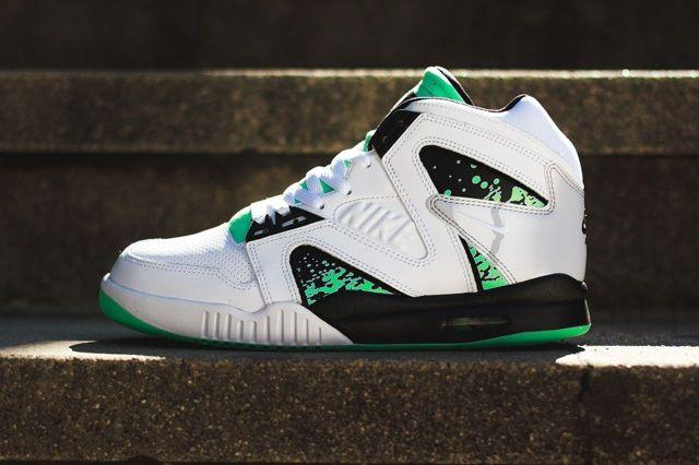 Nike Atc Hybrid Green Glow Bump 2
