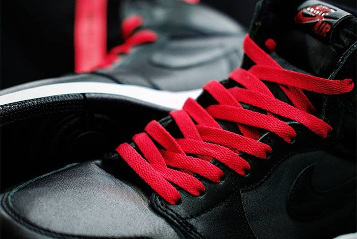 Air Jordan 1 Black Satin Laces