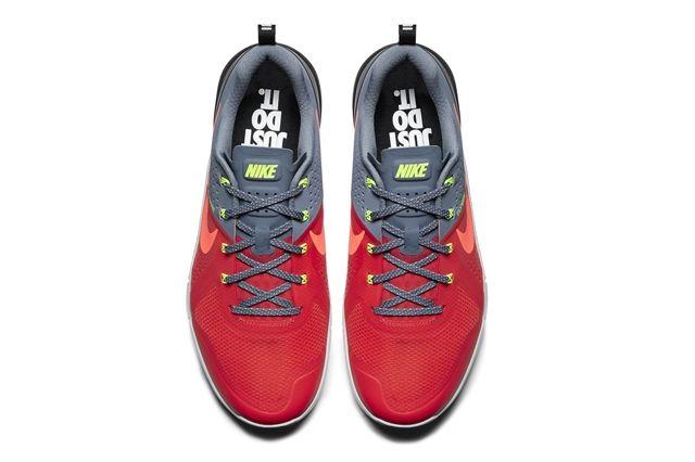 Nike Metcon 1 Daring Red 4