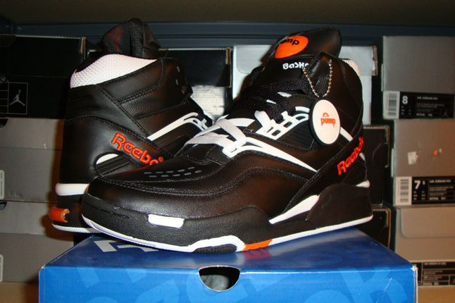 Rebecca Dahms Wmns Basketball Collection Reebok Pump Twilight Zone Black 1
