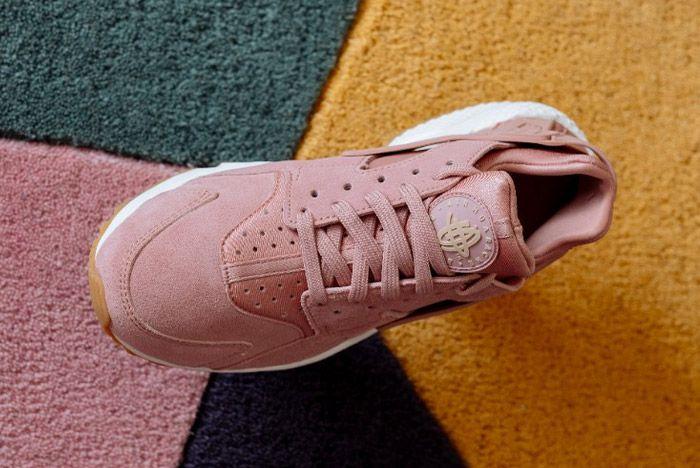 Nike Air Huarache Run Particle Pink5