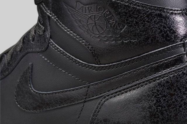 Air Jordan 1 High Black Gum Bump 5
