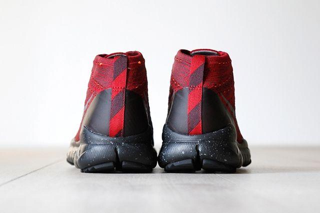 Nike Flyknit Trainer Chukka Fsb University Red 2