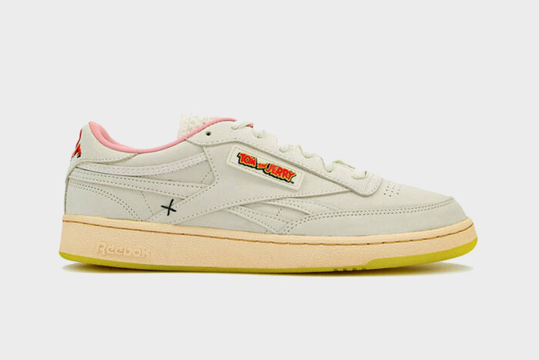 Need Supply Tom And Jerry Reebok Club C Lateral Side Shot