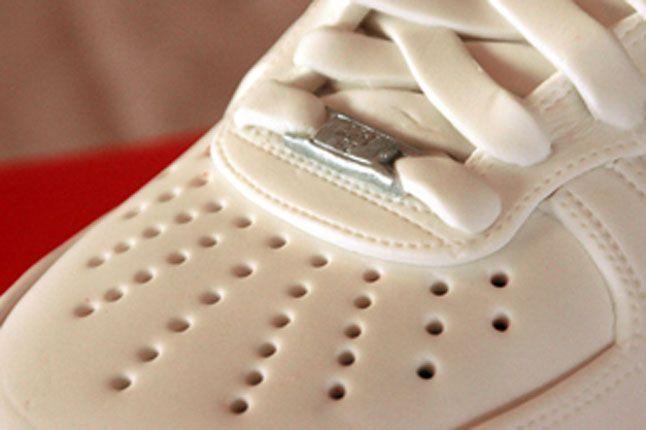 Sneaker Freaker Sneaker Cakes Air Force 1 White 01 1