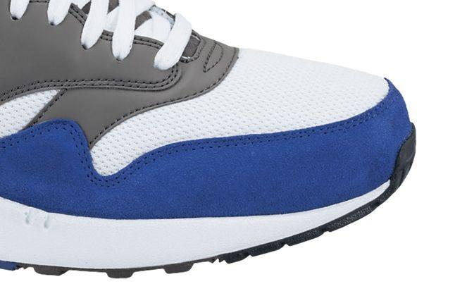 Nike Air Max 1 Essential White Grey Hyper Toe Detail 1