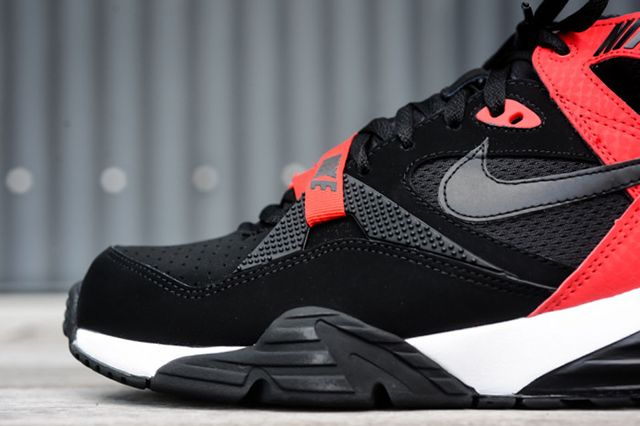 Nike Air Trainer Max 91 Black University Red 2 E1412786125304