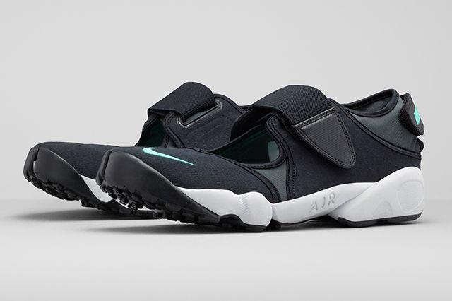 Nike Air Rift Returns 22