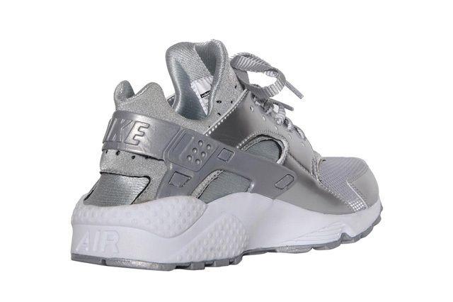 Nike Wmns Air Huarache Metallic Silver 1