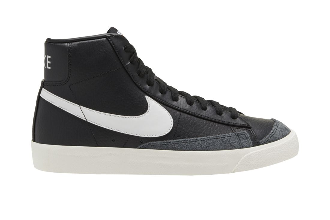 Nike Blazer Mid Black Leather Right