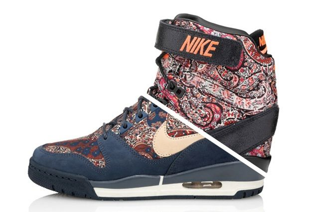 Liberty London Nike Air Revolution Sky Hi Sneakerboot Thumb