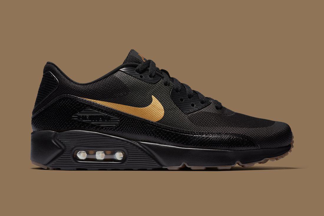 Nike Black Gold Pack 8