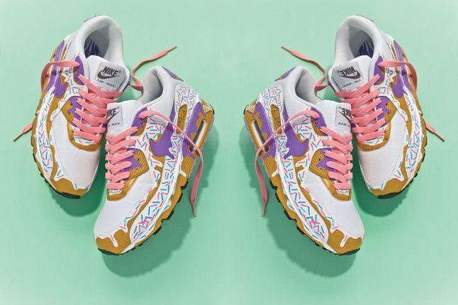Pins Mirror Shoe 1