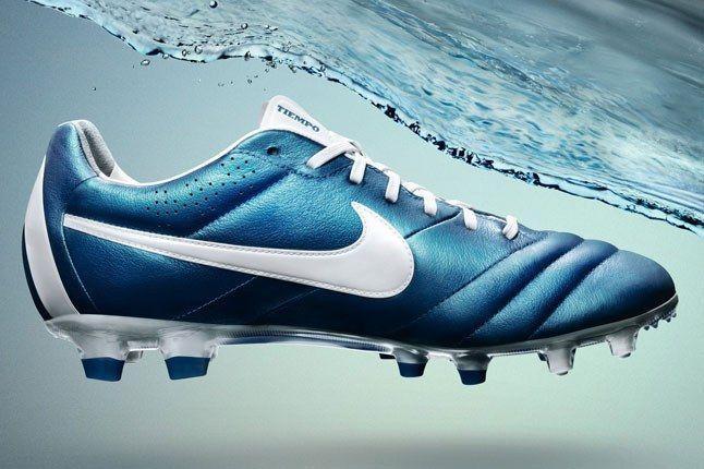 Nike Tiempo Boot 1