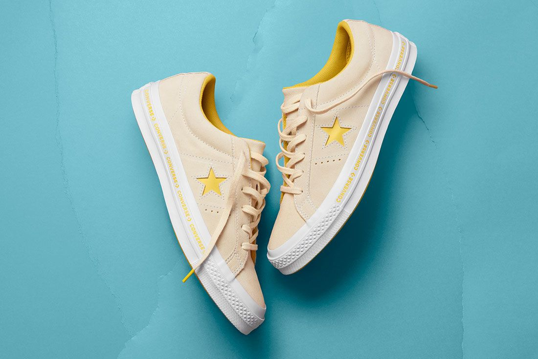 Sp18 Os Pinstripe Vanilla 159814 C 1 77070 77158 Converse One Star Sneaker Freaker