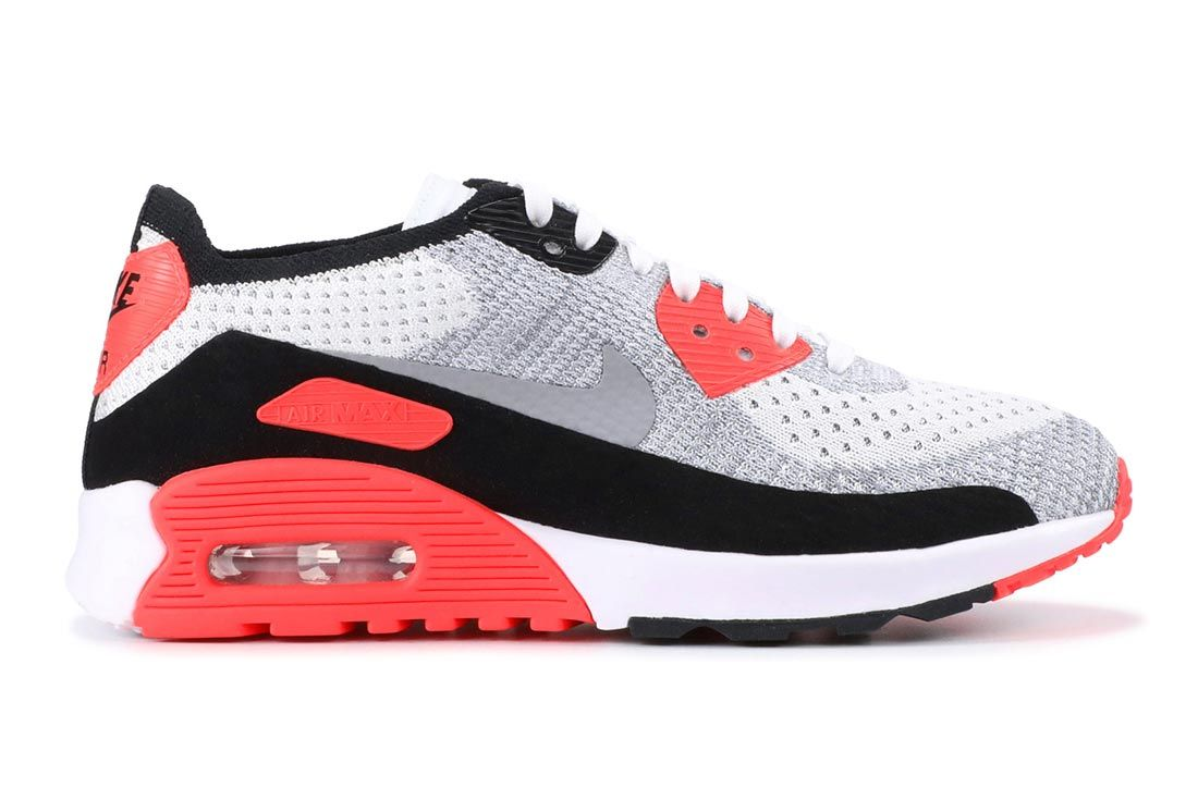 Nike Air Max 90 Flyknit Infrared Lateral Side Shot