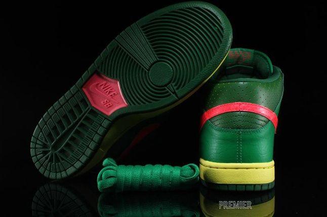 Nikesb Dunk Mid Pro Luck Green 3