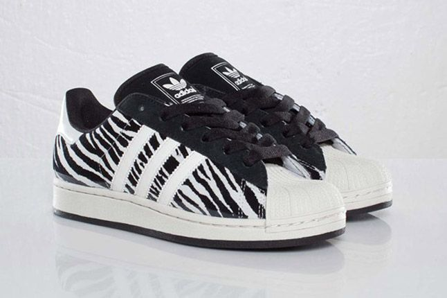 Adidas Originals Superstar 2 Zebra Pair 1