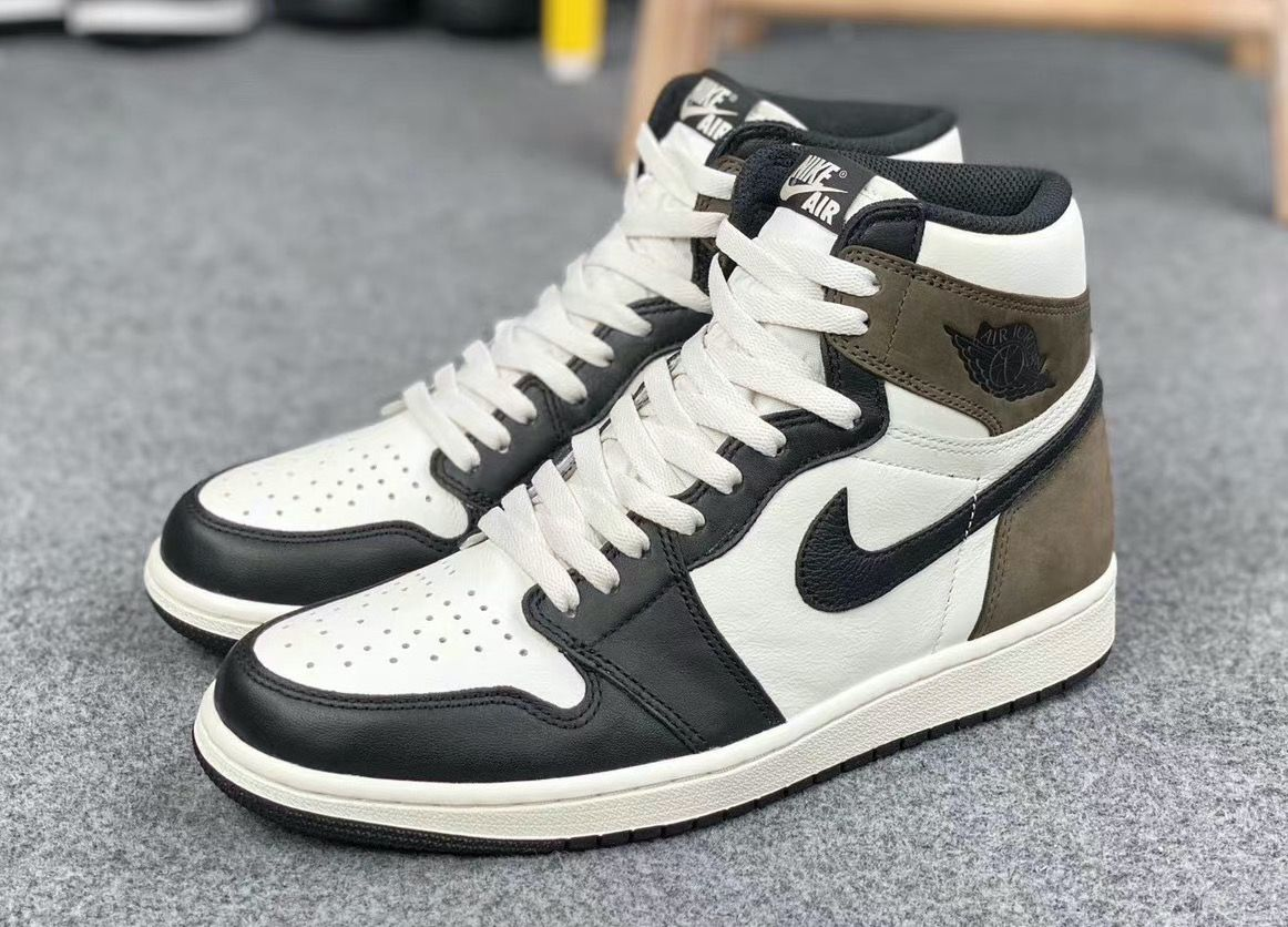 Air-Jordan-1-Dark-Mocha-
