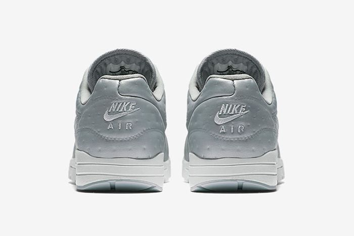 Nike Air Max 1 Metallic 6