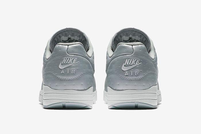 Nike Air Max 1 Metallic 6